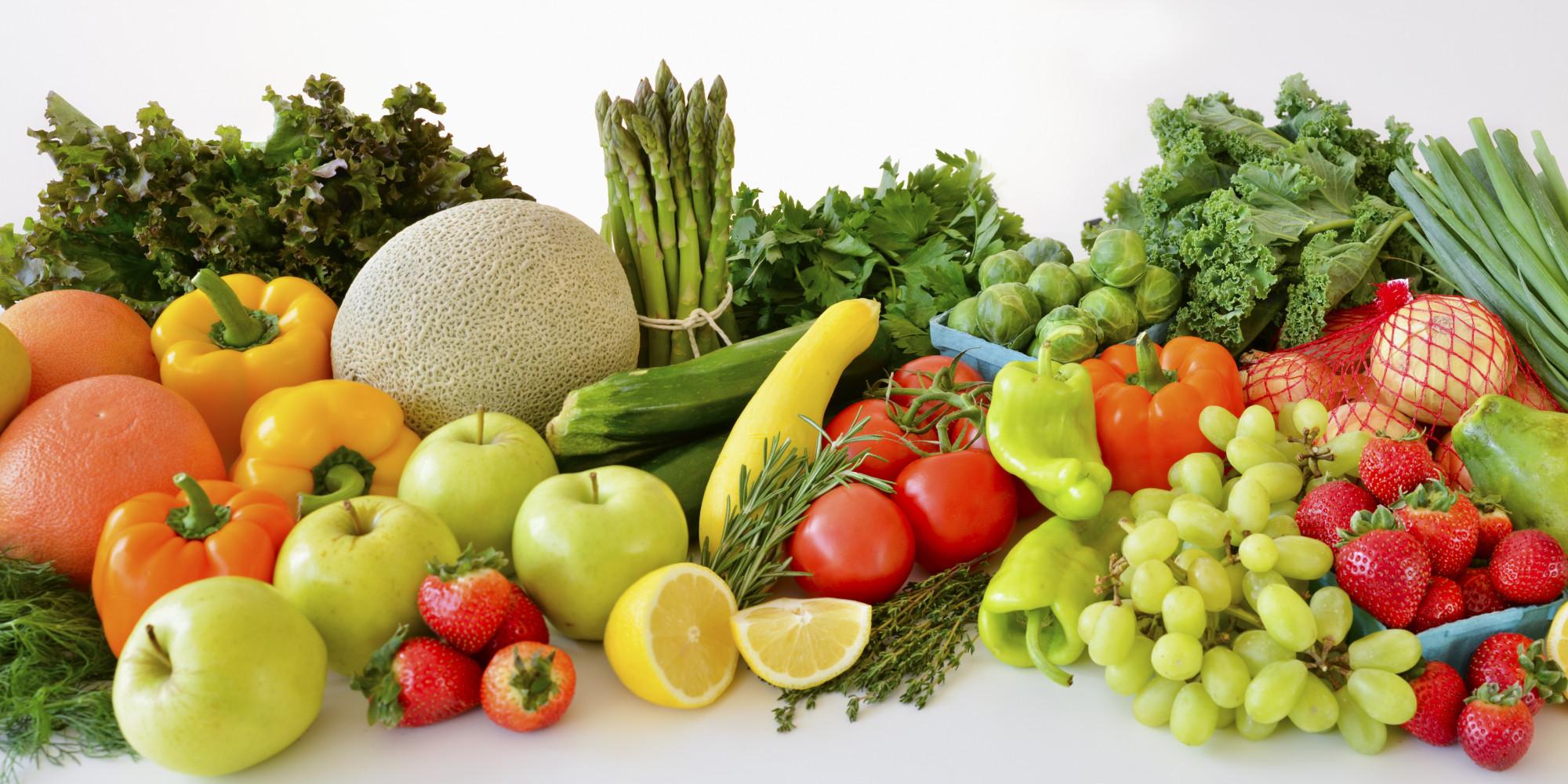Consommez des fruits et légumes pour nourrir votre peau de l'intérieur et entretenir sa jeunesse