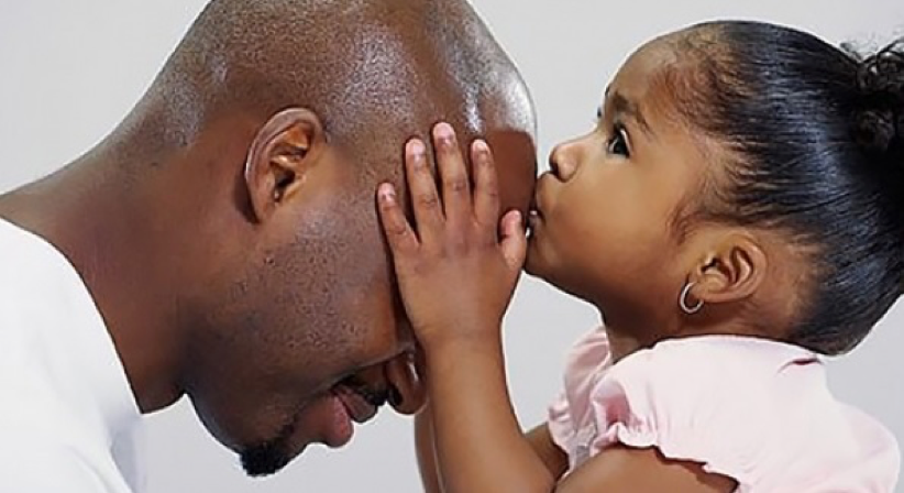 Le père aurait plus d'influence sur la vie de sa fille que la mère
