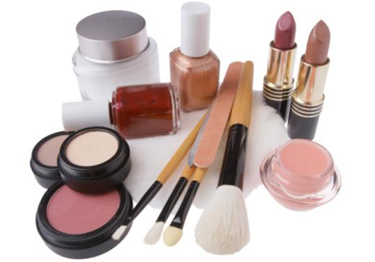 Redonnez une seconde vie à vos cosmétiques périmés